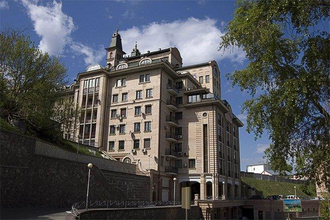 Фундаментные работы, Жилой дом на Кудрявском спуске