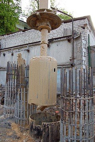 фундамент, бур для скважин